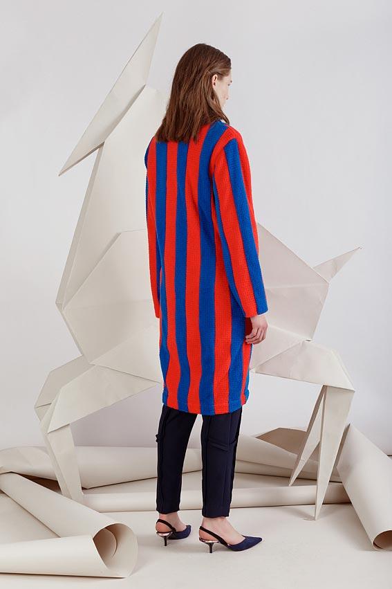 spalvotas moteriškas paltas 2