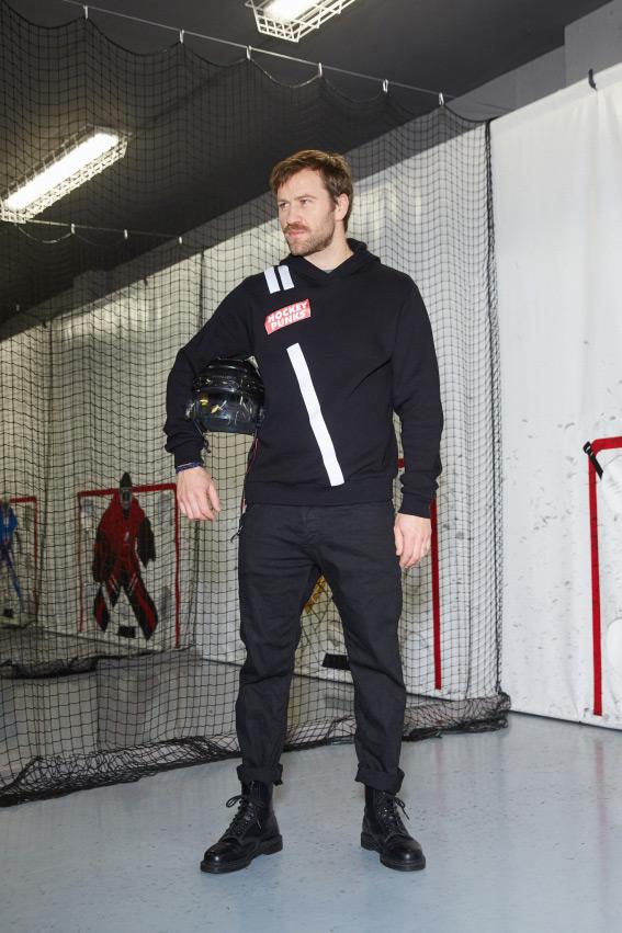 """OHMY x Hockey Punks"" džemperis su gobtuvu 1"