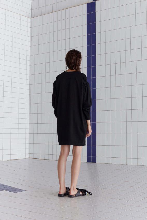 Long sleeve wrinkled dress 2