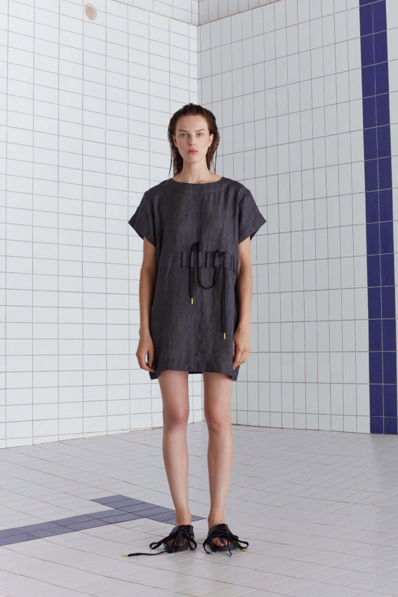 Minimal sporty linen dress 1
