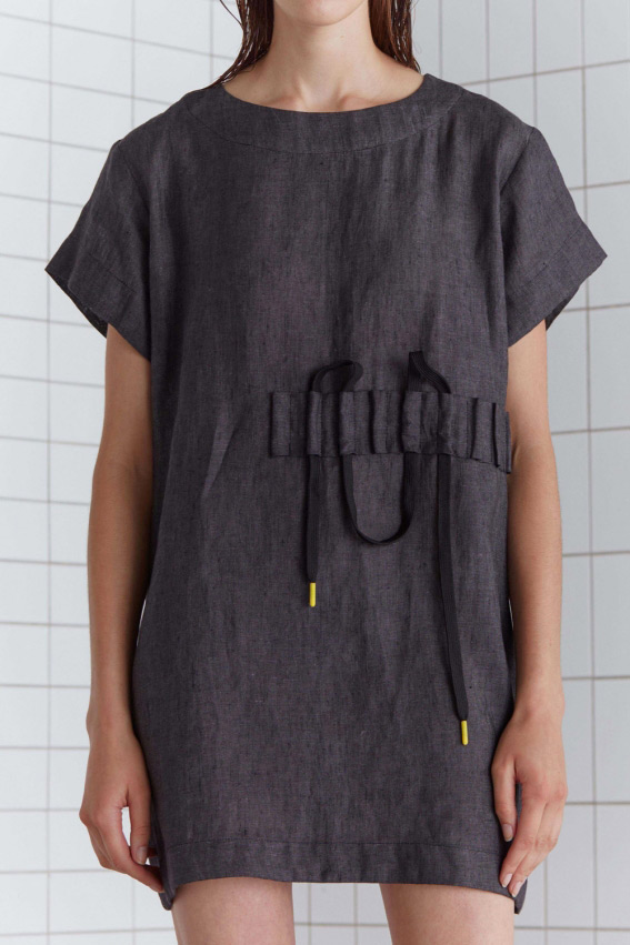 Minimal sporty linen dress 3