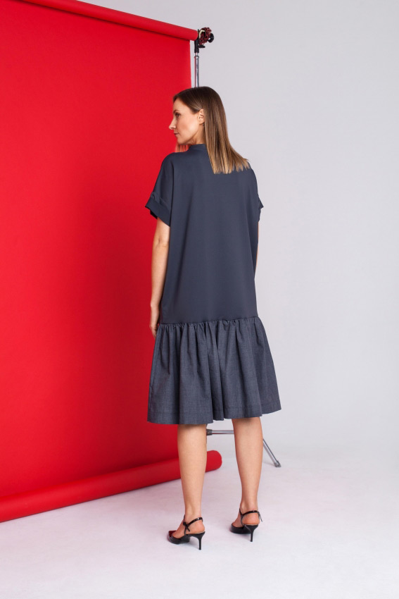 Loose fit ruffled dress 2