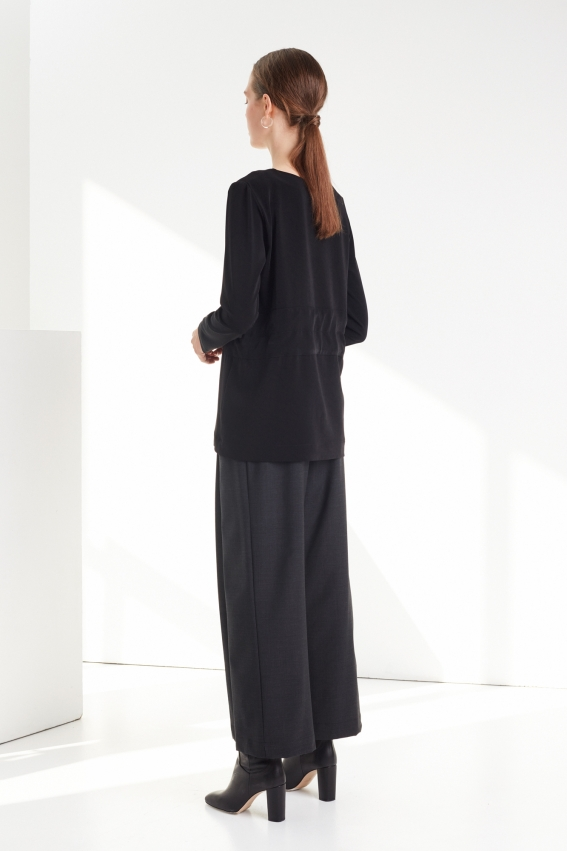 Classic pleated women trousers MUTE 3