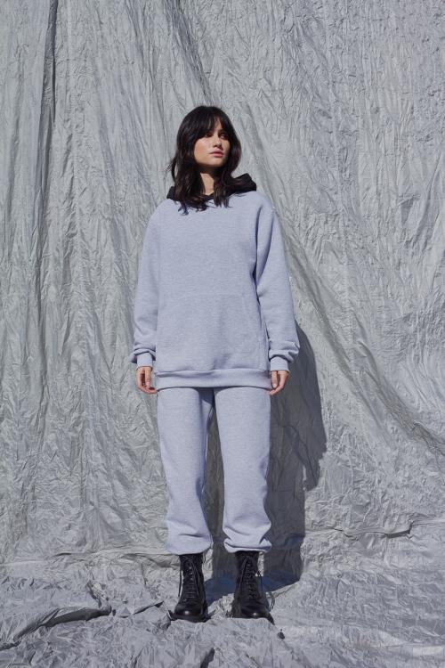Dvispalvis džemperis su gobtuvu DOUBLE